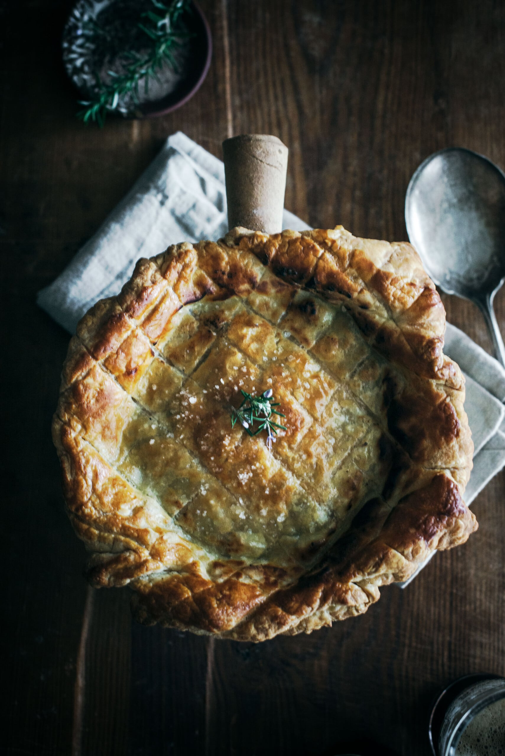 Amazing and Rich Tasting Steak and Guinness Pie Recipe