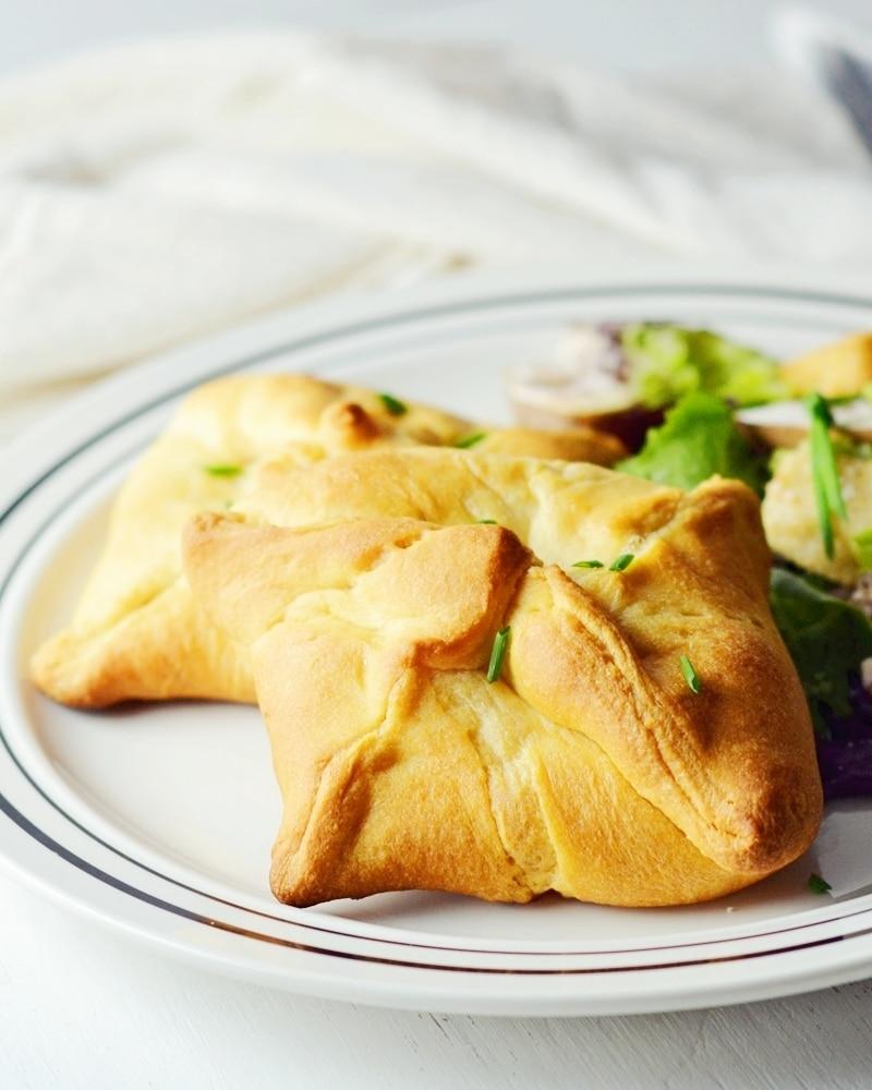 Crescent-Chicken-Croissants-Pillsbury Crescents-@LittleFiggyFood