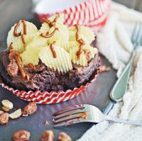 Chocolate Buttermilk Cupcakes with Style