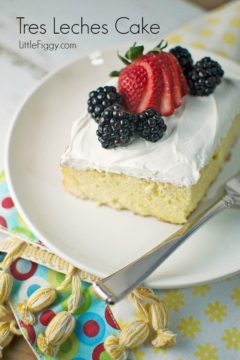 #CincodeMayo, seriously MUST. HAVE. THIS. CAKE. Tres Leches Cake is the best way to finish off the Cinco de Mayo fiesta. Recipe - @LittleFiggyFood