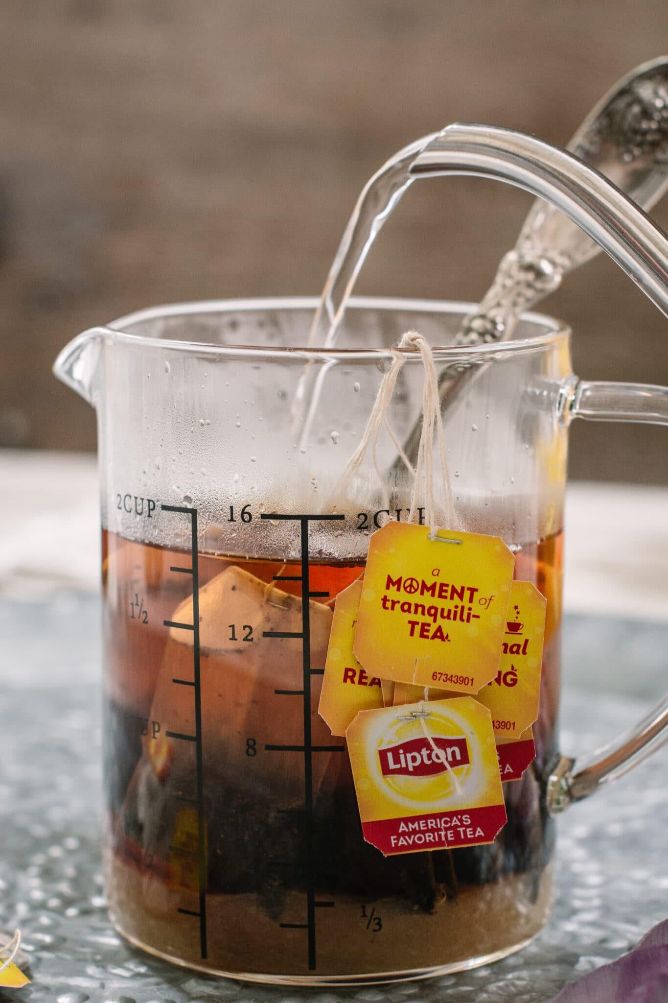 Brewing Lipton Sweet Iced Tea