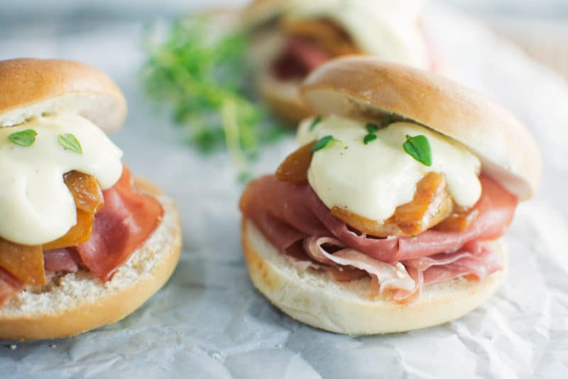 Prosciutto & peaches with a creamy brie sauce make these delectable Bagel Sliders - Find the #recipe @LittleFiggyFood