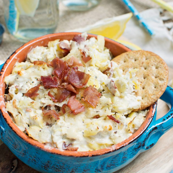 Entertain this summer and enjoy this Prosciutto Artichoke Dip with friends and family! Recipe @LittleFiggyFood