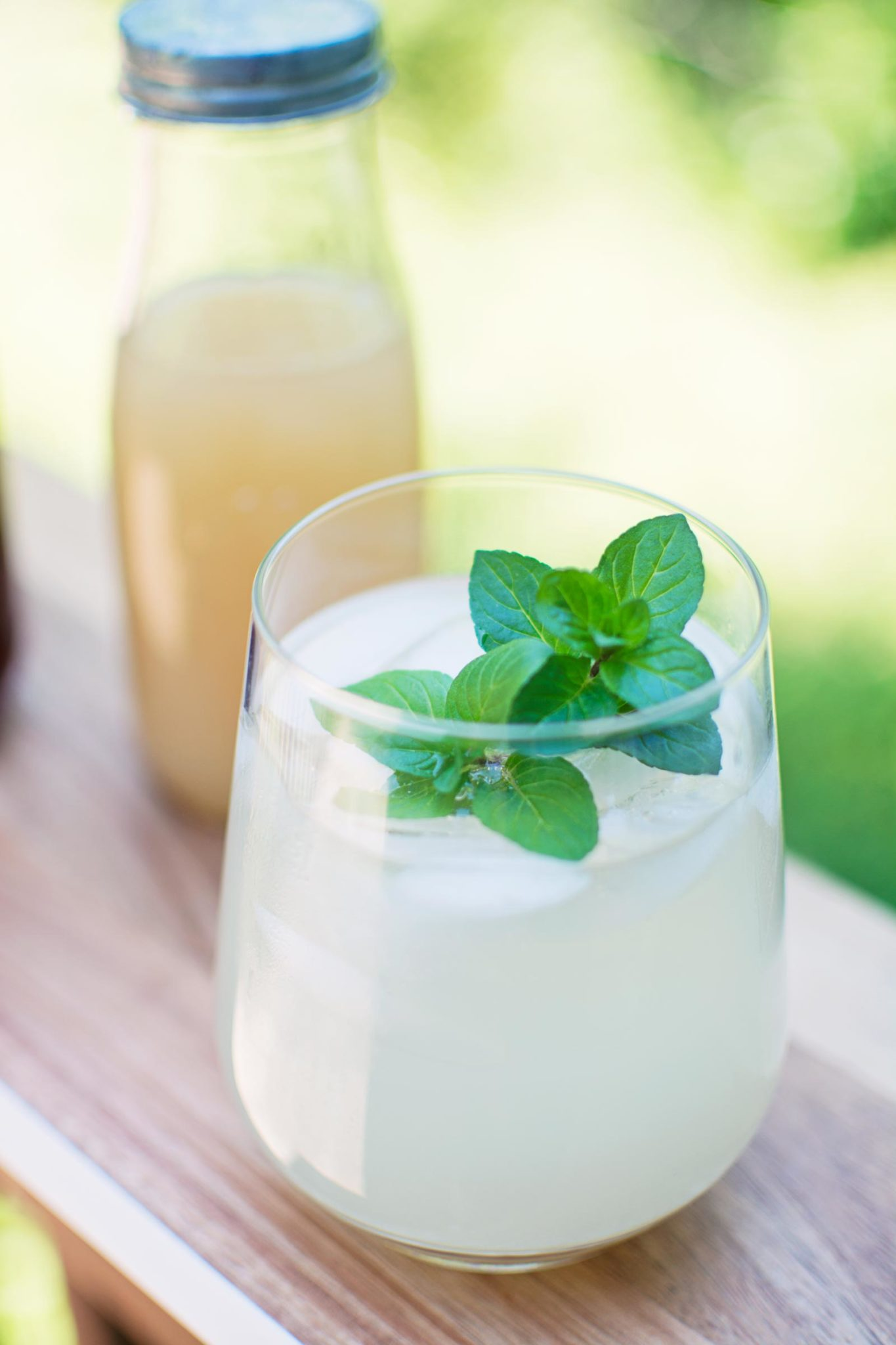 Ice cold ginger beer recipe using a basic flavored syrup to sweeten it up