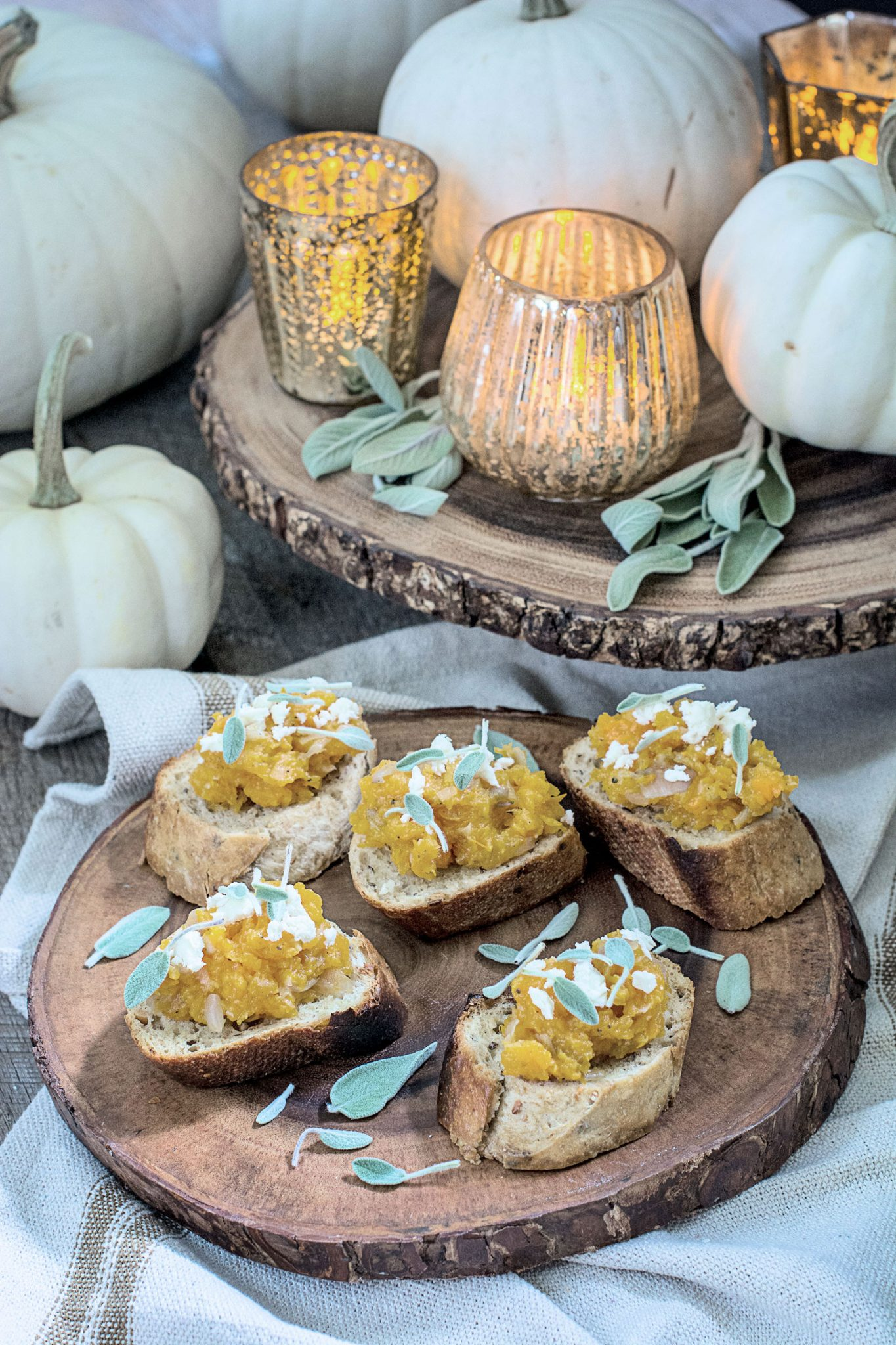 Sage with Butternut Squash Bruschetta recipe, the perfect appetizer pairing for your Thanksgiving gathering! @SonomaCutrer #21andup #SonomaCutrer #ad