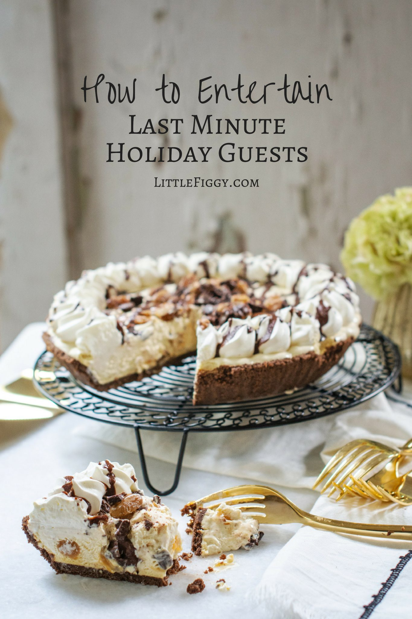How to entertain last minute guests with Edwards Desserts