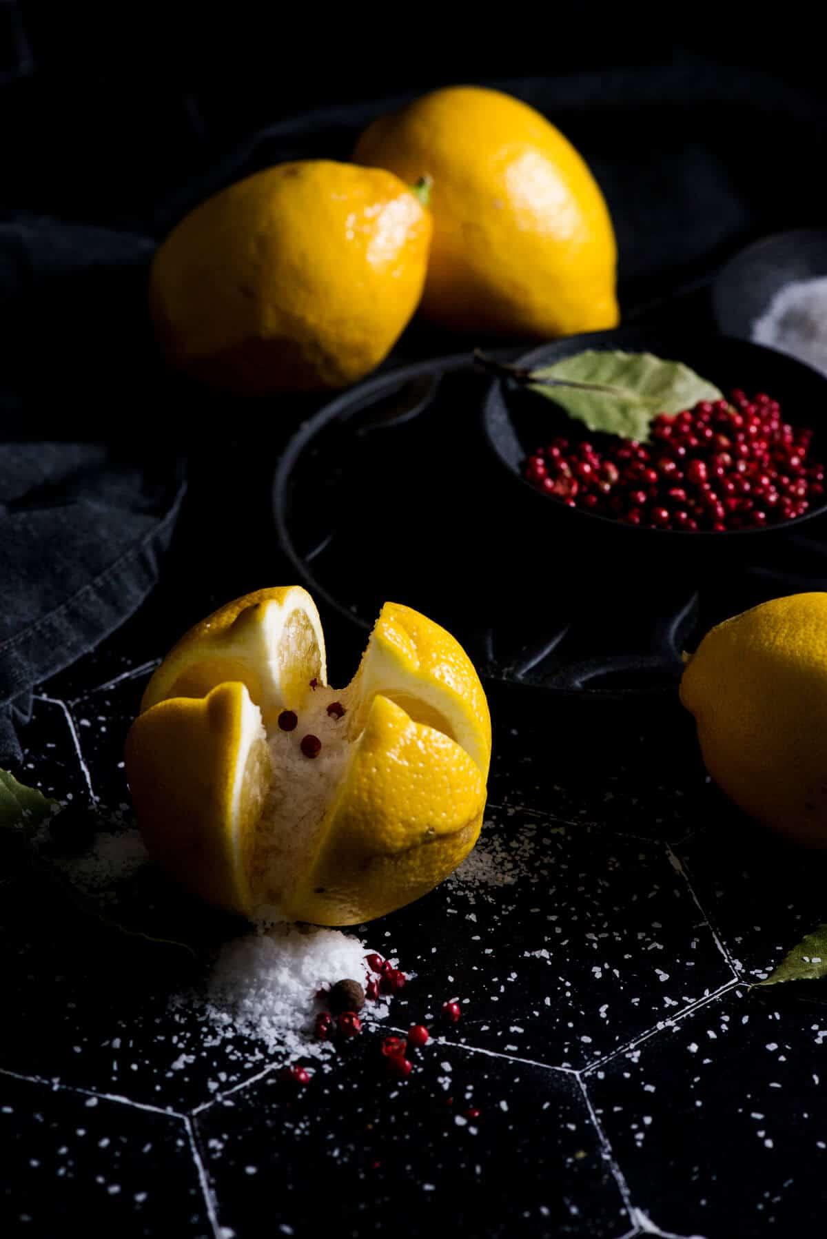 Quearteered lemon for preserving